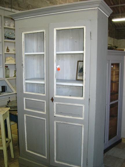 Repeindre meuble ancien id es de conception sont int ressan - Repeindre des vieux meubles ...